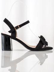 Ženski sandal 70725, črne, 39