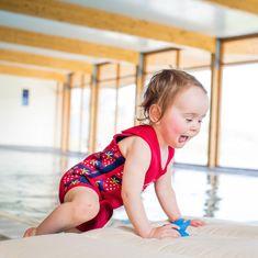 KONFIDENCE Neoprenska obleka za dojenčke, rdeča, za 1 - 2 leti