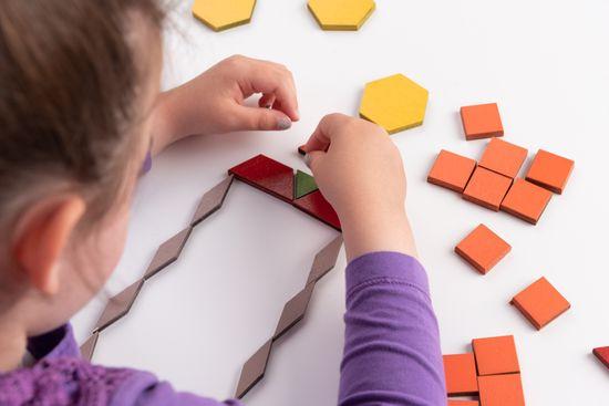LINIT DESIGN Geometrijski liki za zlaganje in sestavljanje