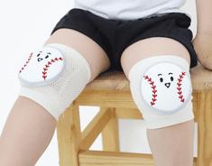 Merebe Dětské nákoleníky Home Run Ball