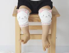 Merebe Dětské nákoleníky Kočka Obyčejný (Regular Pad)
