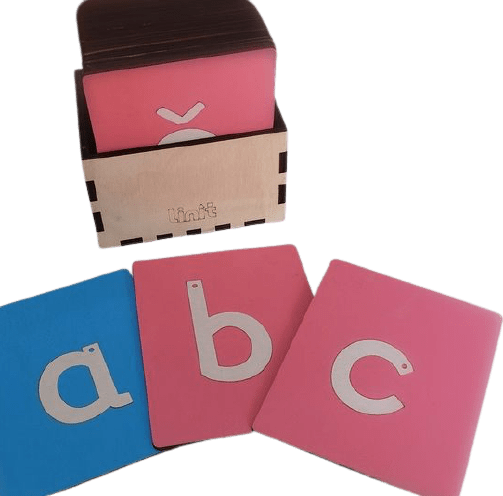 LINIT DESIGN Male tiskane črke z brusnim papirjem - peščena abeceda