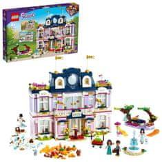 LEGO Friends 41684 Hotel v mestečku Heartlake