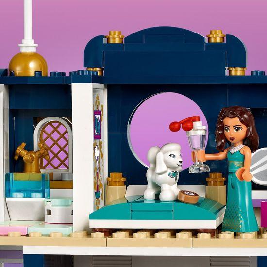 LEGO Friends 41684 Hotel v mestu Heartlake