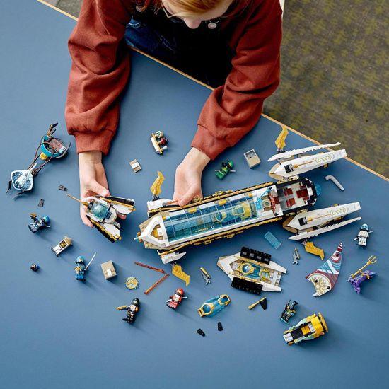 LEGO Ninjago 71756 Lov na valovih