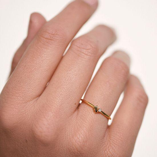 PDPAOLA Prilegajoč se pozlačen srebrn prstan z apnenčastimi rdečimi cirkoni AN01-194 srebro 925/1000