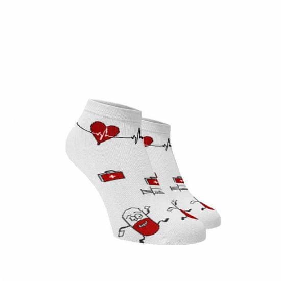 BENAMI Veselé ponožky Nemocnice kotníkové Bílá 35-38