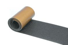 PROTISKLUZU Protiskluzová páska 150 mm x 18,3 m - extra odolná, černá