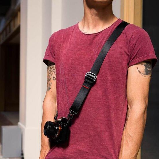 Peak Design Peak Design Slide Lite naramni pas za Mirrorless fotoaparate - Črn