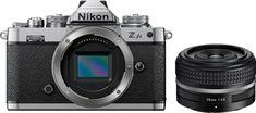 Nikon Z FC zrcalno refleksni fotoaparat + Nikkor Z 28mm f/2.8 SE