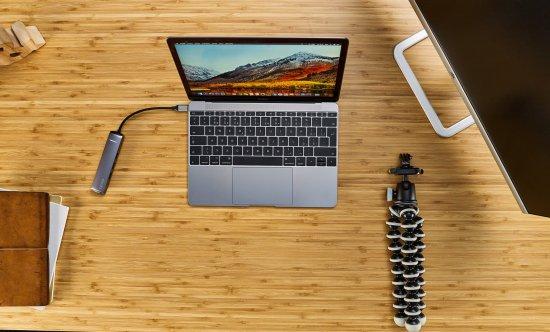 EPICO USB Type-C HUB SLIM (4K HDMI & Ethernet) 9915112100017, sivý, čierny kábel