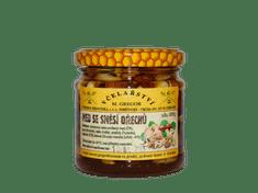 Včelařství M. Gregor Med se směsí ořechů, 235 g