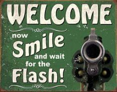 TIN SIGNS Retro plechová ceduľa Smile For Flash (TSN2129)