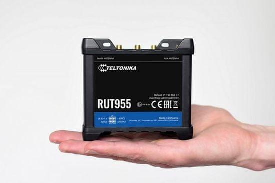 LTE RUT955 Wi-Fi - 2xSIM, 3xLAN + 1xLAN/WAN, GP, USB, RS232, (RUT955T033B0)