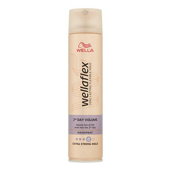 Wella Volumennövelő hajlakk erős rögzítéssel Wellaflex 2nd Day Volume (Hairspray)