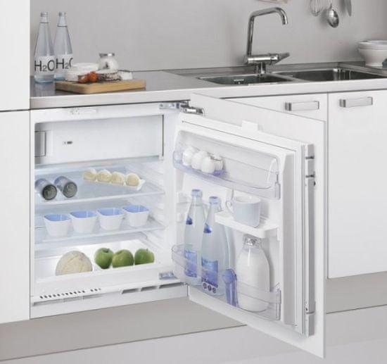 Whirlpool vestavná lednička ARG 913 1